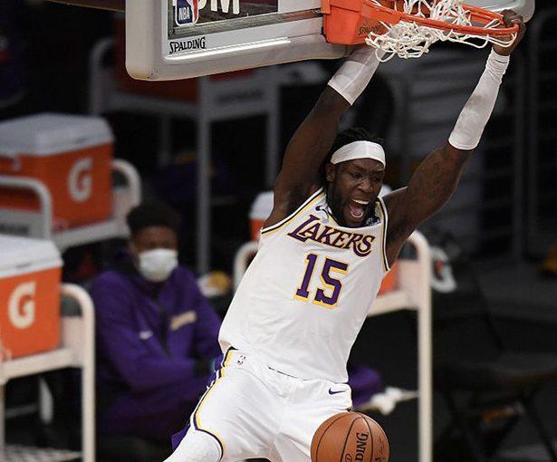 Jordan Clarkson di Jazz e Monterrey Harrell dei Lakers competono per il miglior candidato